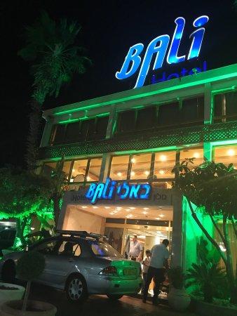 מלון באלי